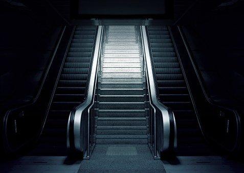 Trauerhilfe ist Rolltreppe ins Licht